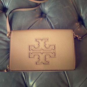 Tory burch harper wallet crossbody